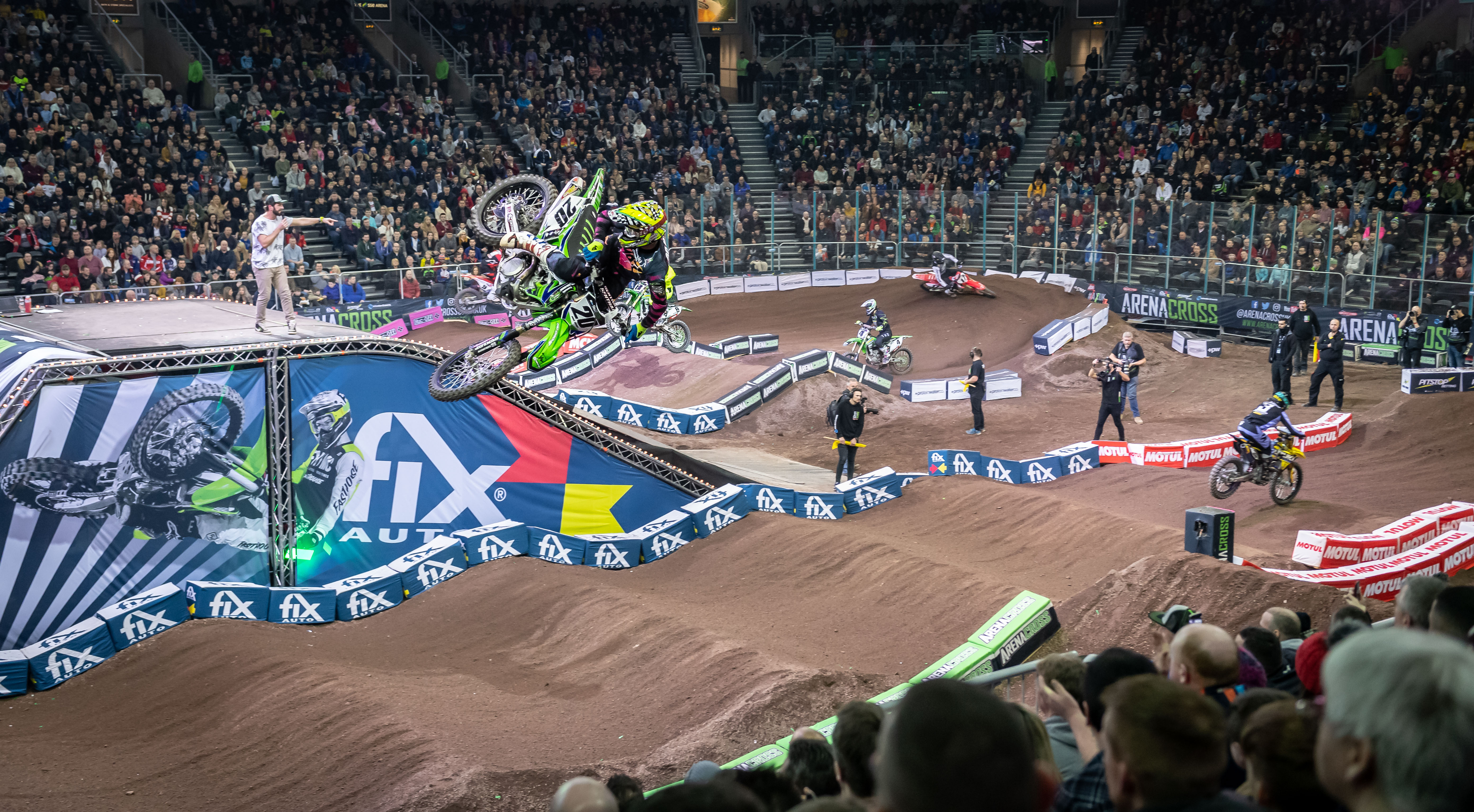 Fix Auto UK celebrates three years with Arenacross